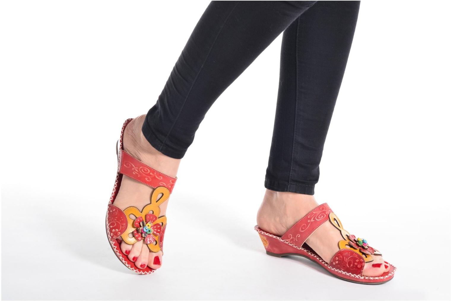 Mules & clogs Laura Vita Scotch Red view from underneath / model view