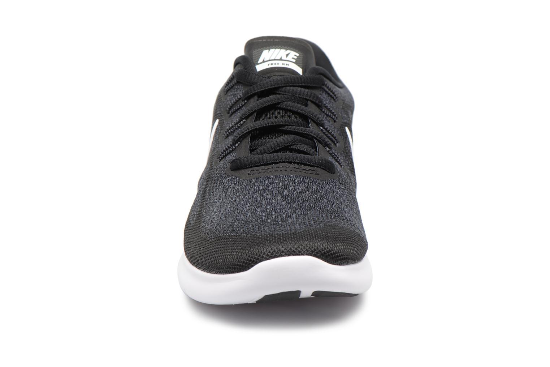 Sportskor Nike Wmns Nike Free Rn 2017 Svart bild av skorna på