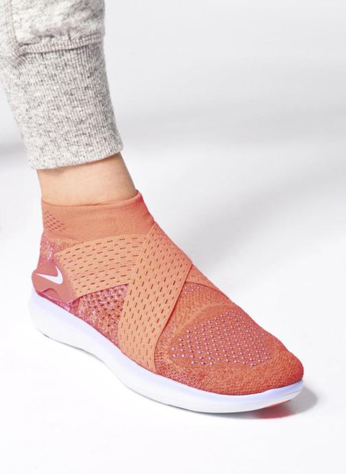 Sport shoes Nike W Nike Free Rn Motion Fk 2017 Red view from underneath / model view