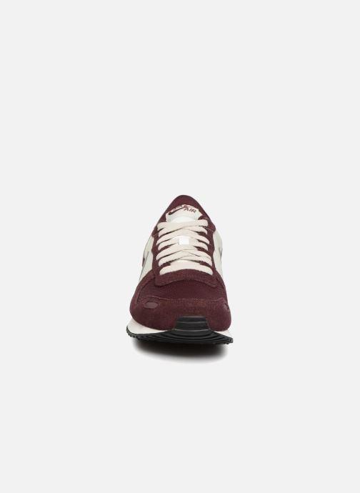 Deportivas Nike Nike Air Vrtx Violeta      vista del modelo