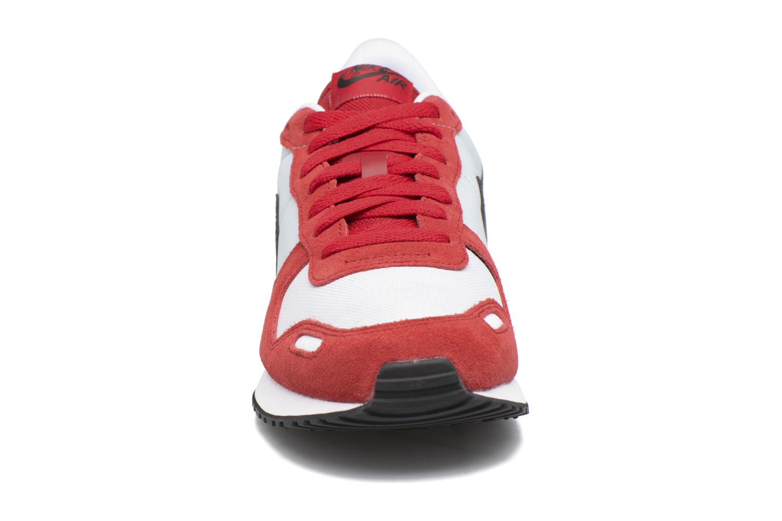 Trainers Nike Nike Air Vrtx Red model view