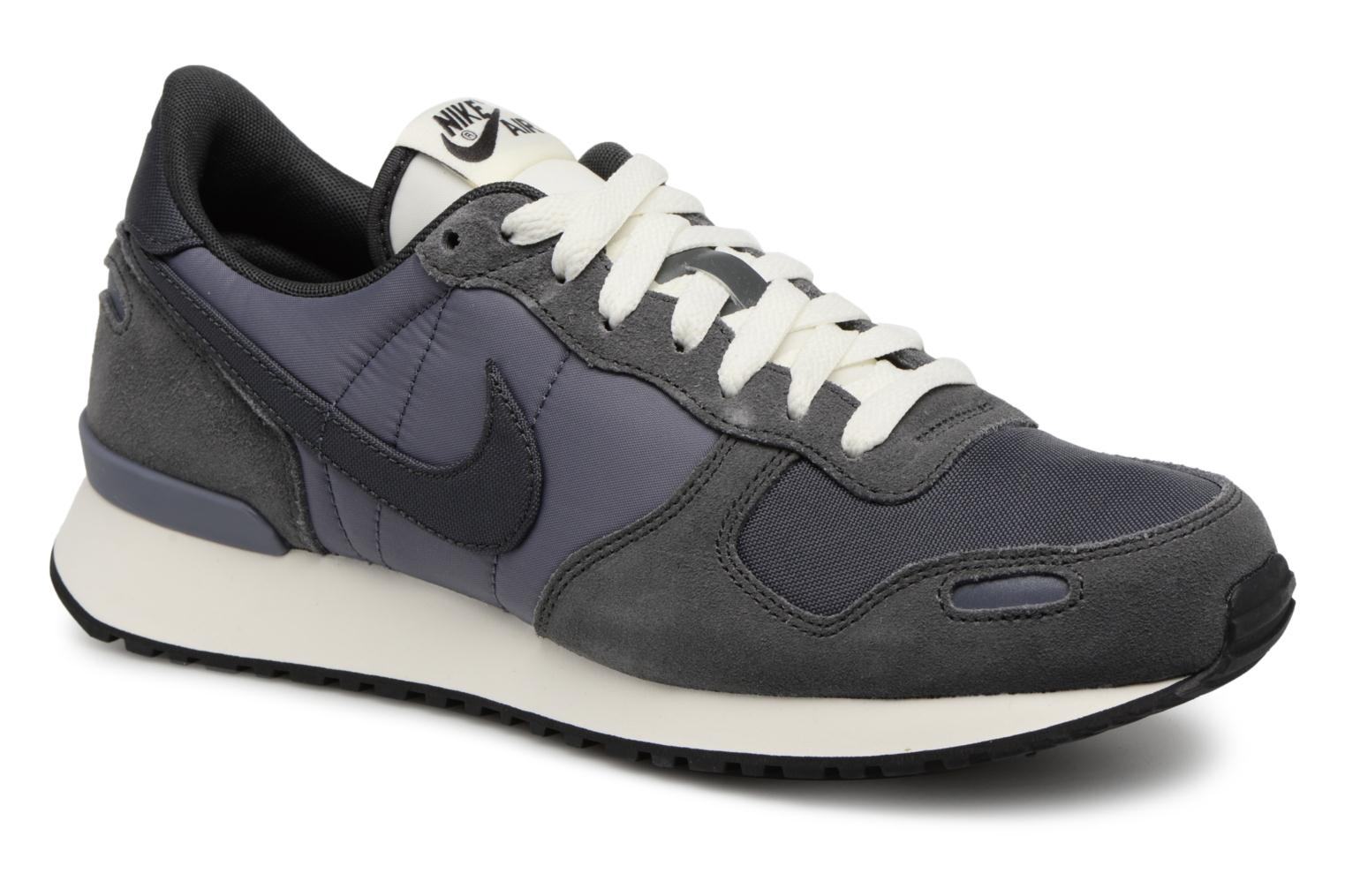 Baskets Nike Nike Air Vrtx Gris vue détail/paire