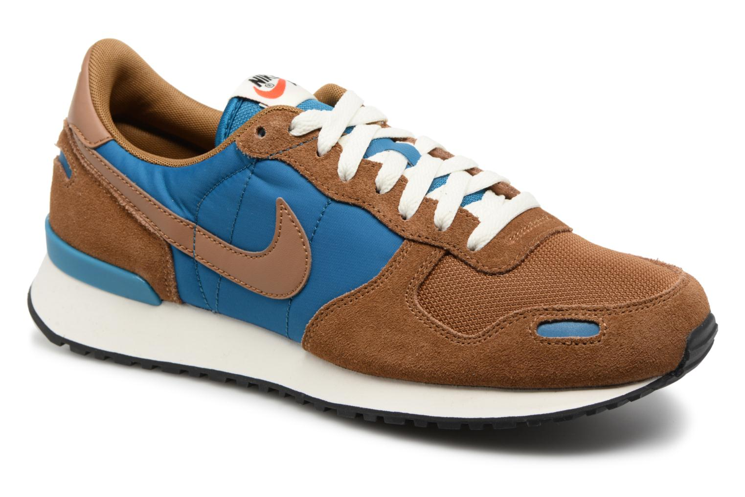 Trainers Nike Nike Air Vrtx Brown detailed view/ Pair view