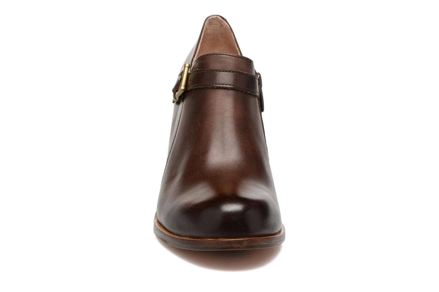 Ankle boots Neosens Gloria S178 Brown model view