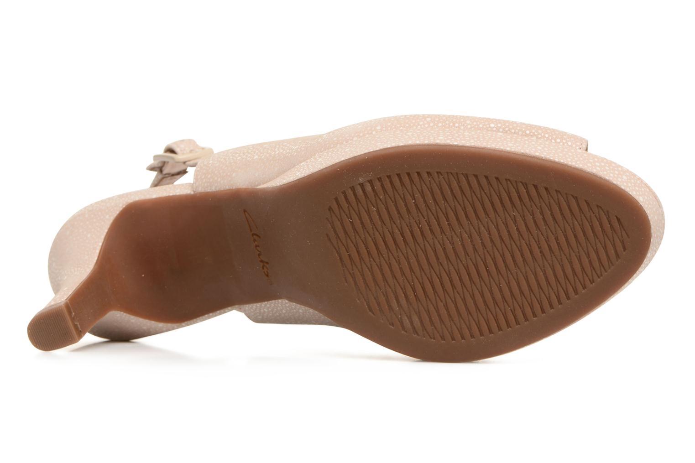 Sandali e scarpe aperte Clarks Mayra Blossom Beige immagine dall'alto