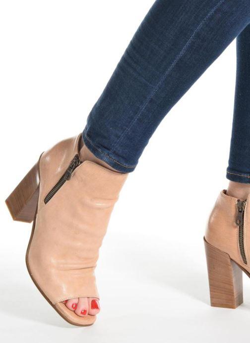 Ankle boots Elizabeth Stuart Sigride Beige view from underneath / model view