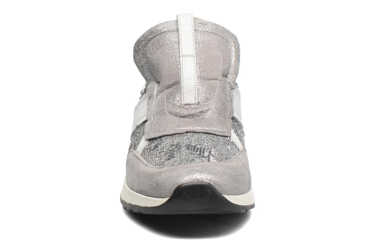 Trainers Elizabeth Stuart Galia 984 Silver model view
