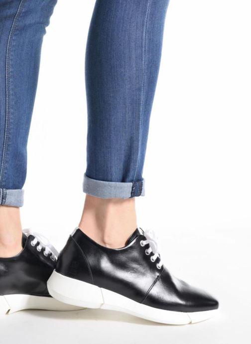 Sneaker Elizabeth Stuart Gozi 304/2 schwarz ansicht von unten / tasche getragen