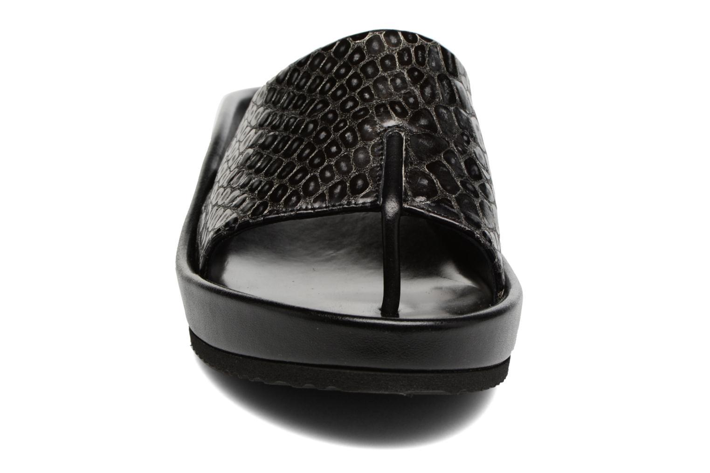 Mules et sabots Elizabeth Stuart Purner 966 Noir vue portées chaussures