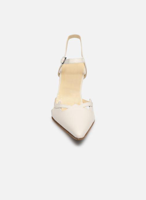 Sandales et nu-pieds Elizabeth Stuart Demo 304 Beige vue portées chaussures