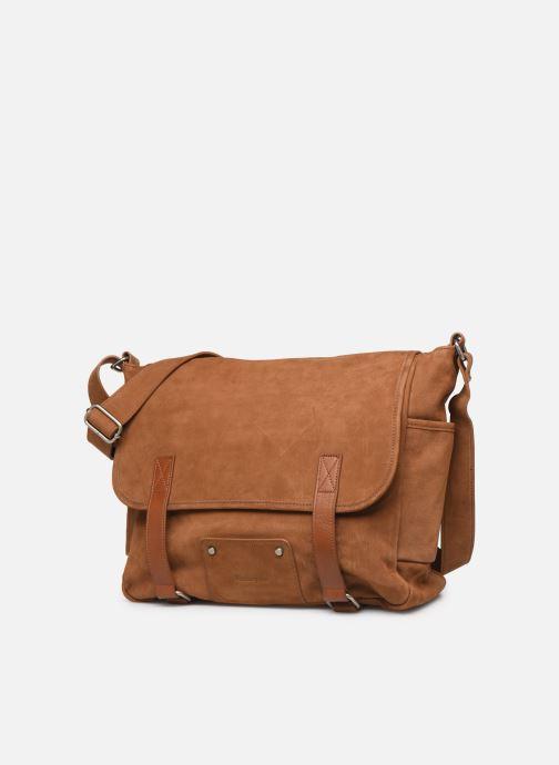 Men's bags Antonyme by Nat & Nin Messenger James Cuir Brown model view