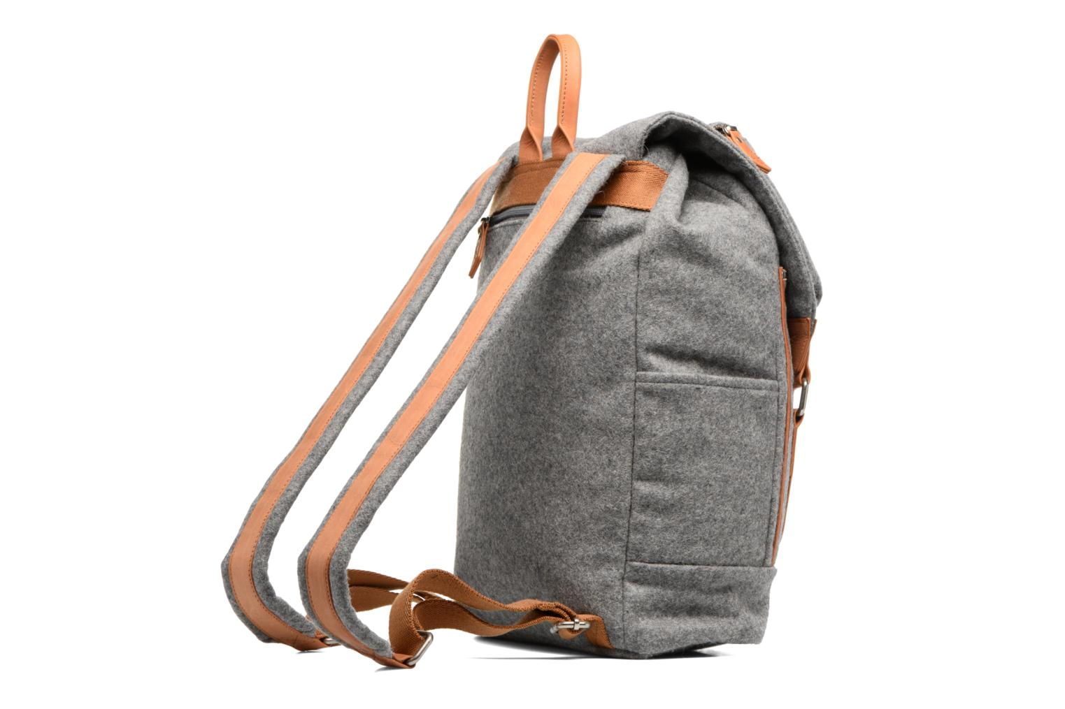 Rucksacks Antonyme by Nat & Nin Sac à dos Aaron Laine Grey view from the right