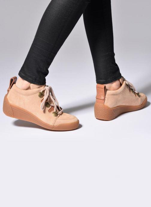 Chaussures à lacets See by Chloé Inna Beige vue bas / vue portée sac