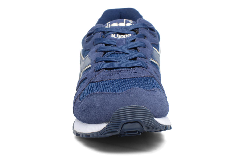 Baskets Diadora N9000 III Bleu vue portées chaussures