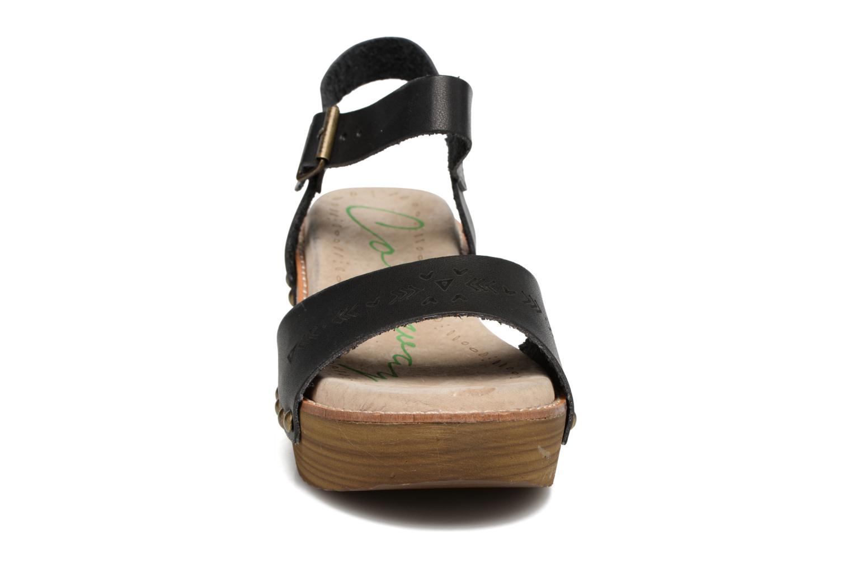 Sandalen Coolway Casidi schwarz schuhe getragen