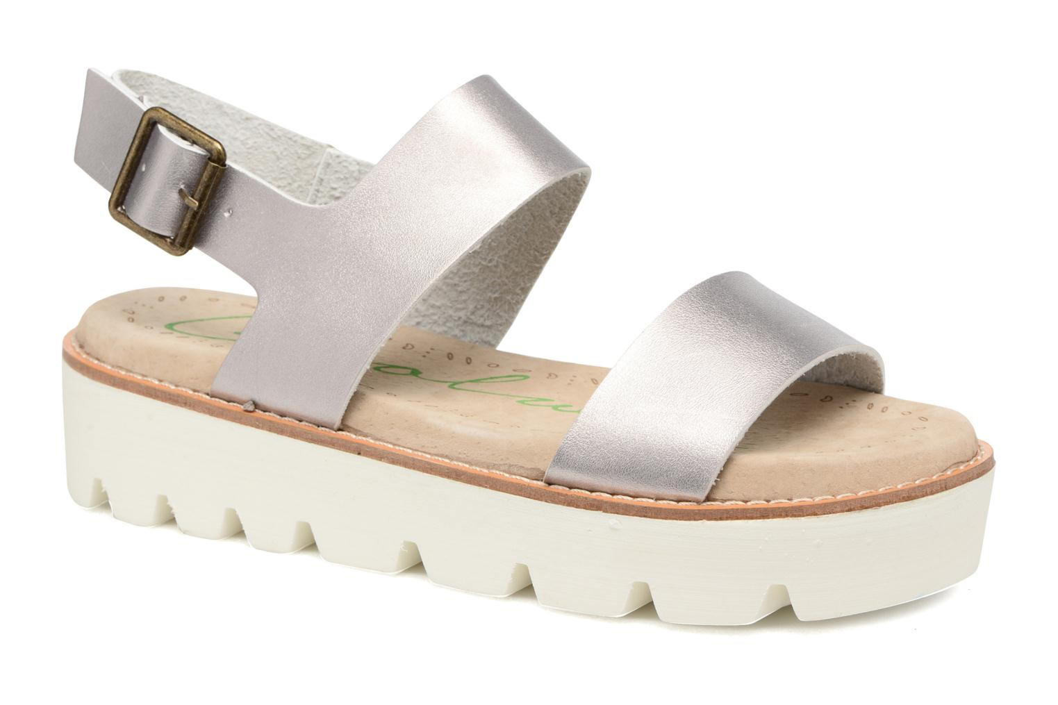 Sandals Coolway Martina Silver detailed view/ Pair view