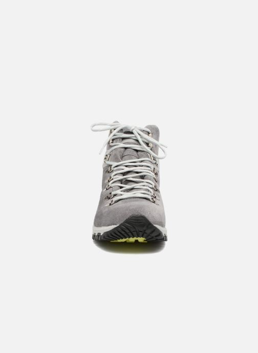 Chaussures de sport Kimberfeel SELLA Gris vue portées chaussures