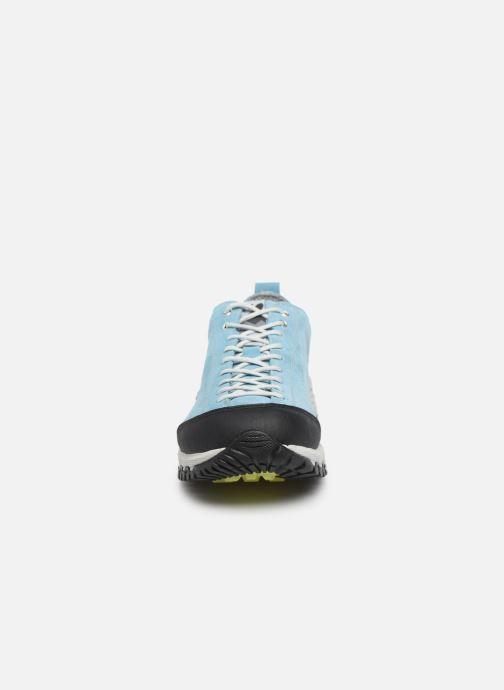 Zapatillas de deporte Kimberfeel Chogori Azul vista del modelo