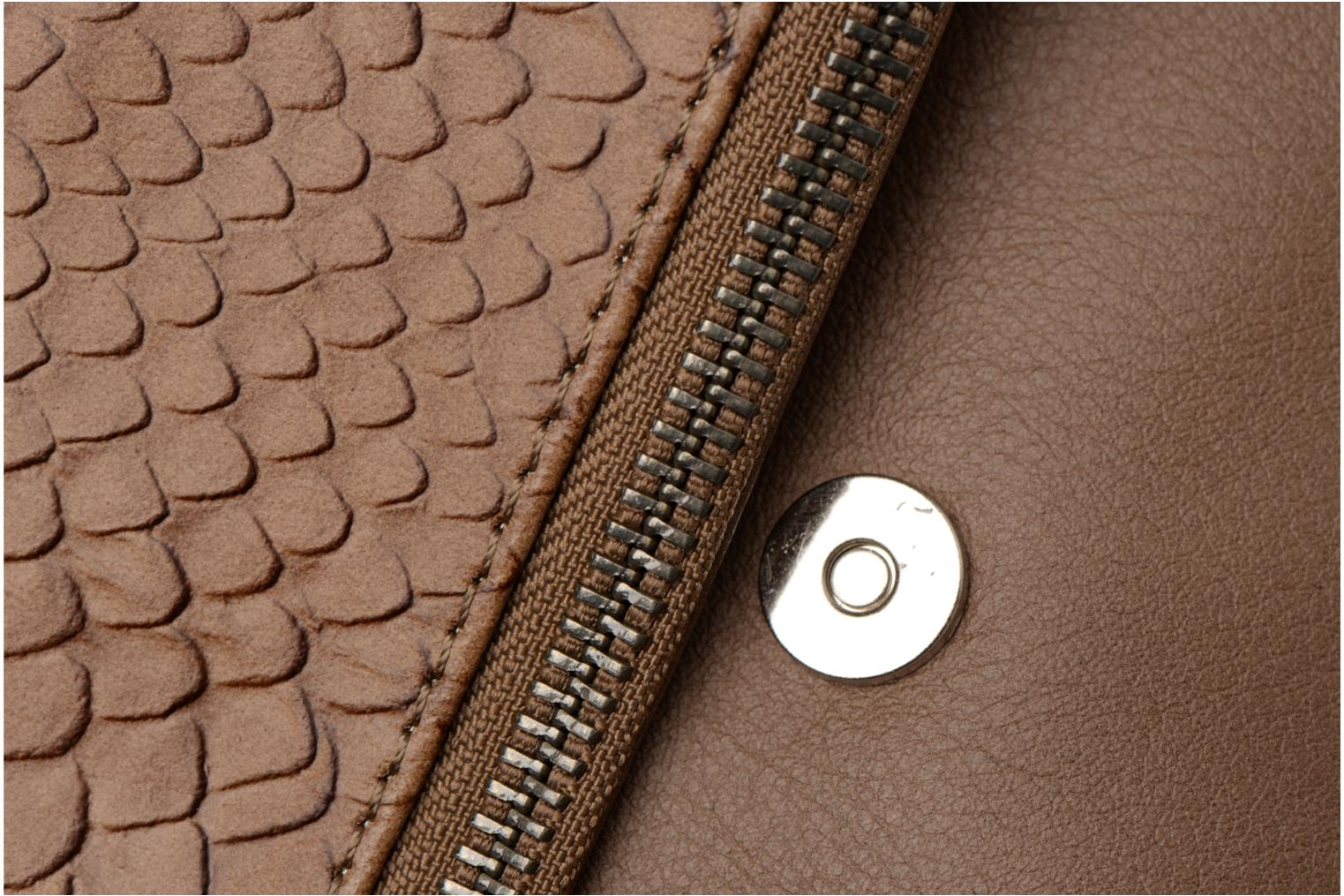 Clutch bags Sabrina Léonie croco Brown view from the left