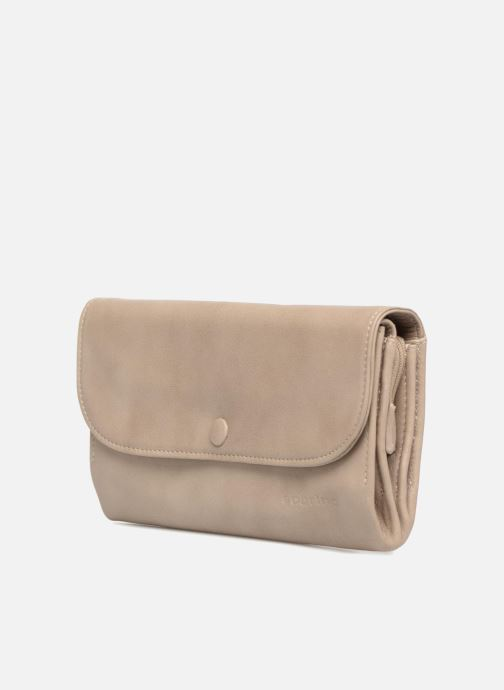 Wallets & cases Sabrina Lily Beige model view