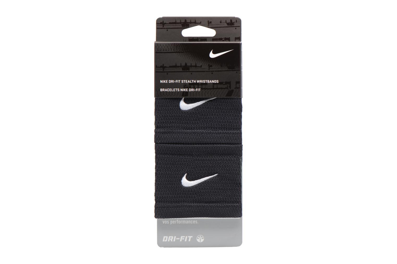 Gants Nike DRI-FIT STEALTH WRISTBANDS Noir vue portées chaussures