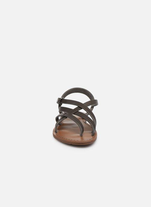 Sandales et nu-pieds Chattawak Margot Gris vue portées chaussures