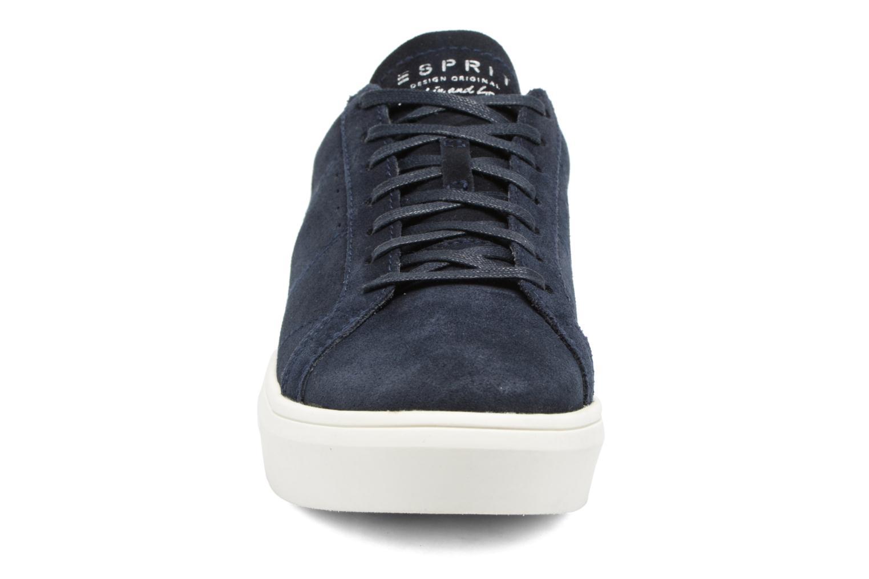 Sneakers Esprit Elda Azzurro modello indossato