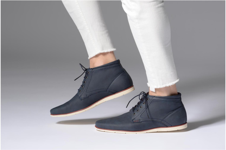 Schnürschuhe I Love Shoes SIDOINE blau ansicht von unten / tasche getragen
