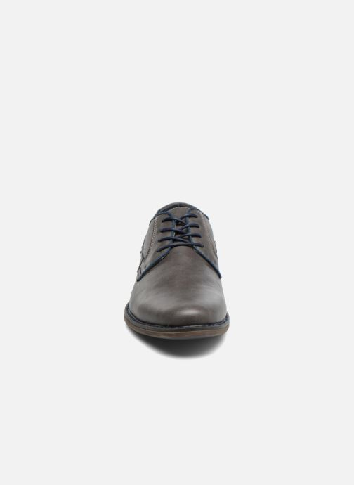 Schnürschuhe I Love Shoes SIGMUND grau schuhe getragen