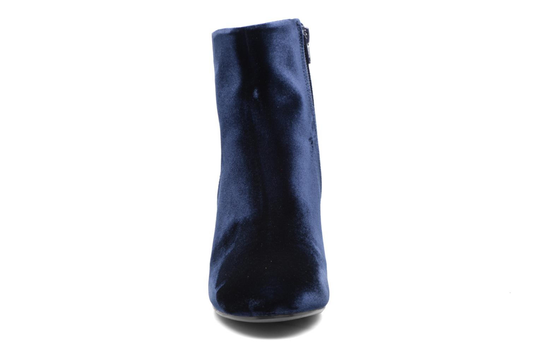 Boots Billi Bi Jonna Blå bild av skorna på