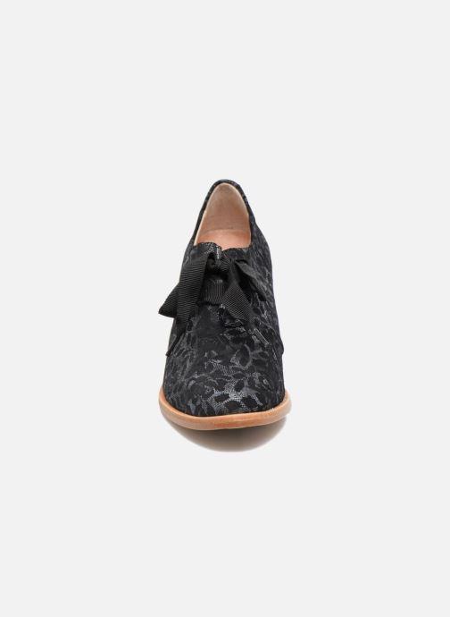 Schnürschuhe Neosens CYNTHIA S534 schwarz schuhe getragen