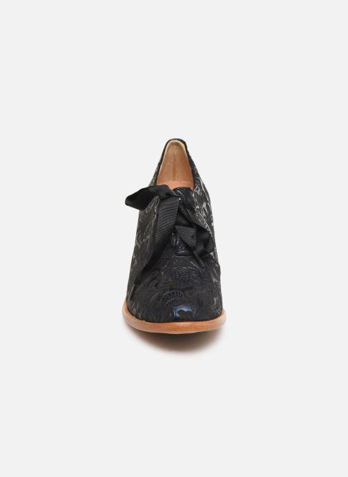 Zapatos con cordones Neosens CYNTHIA S534 Azul vista del modelo