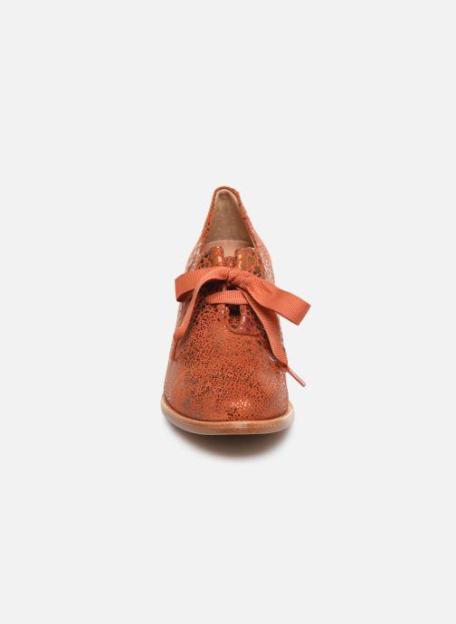 Chaussures à lacets Neosens CYNTHIA S534 Rouge vue portées chaussures