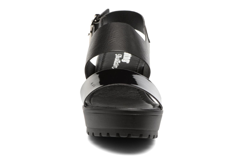 Sandales et nu-pieds MTNG Charlot 50992 Noir vue portées chaussures