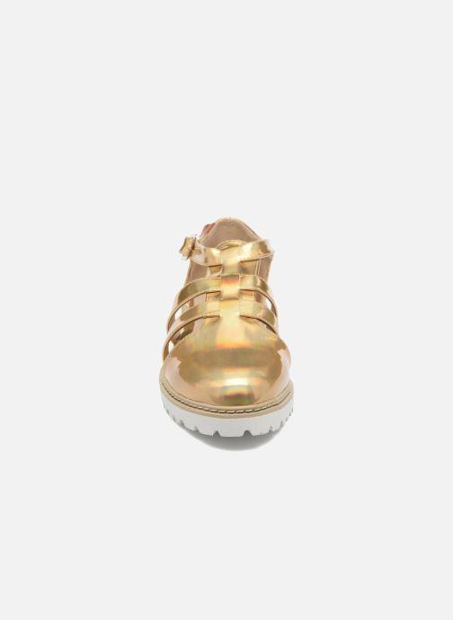 Sandalias MTNG Loku 52873 Oro y bronce vista del modelo