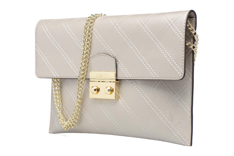 Handtassen Guess Pochette Envelope Clutch Aria Zilver model