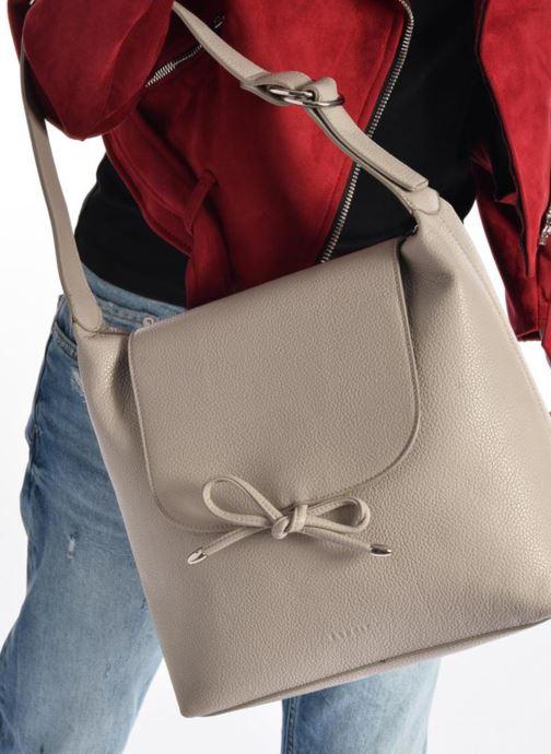 Handbags Esprit Tilda hobo Grey view from underneath / model view
