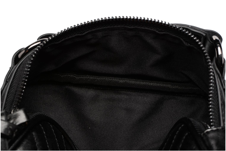 Handtassen Esprit Tascha Small Shoulderbag Zwart achterkant