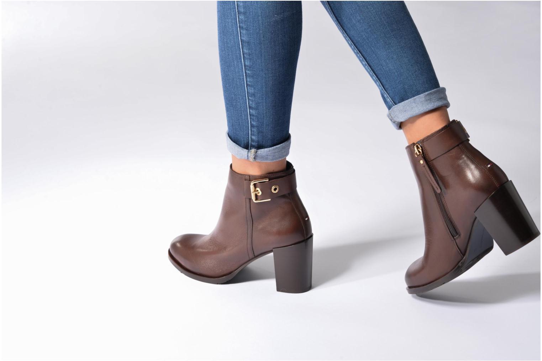 Bottines et boots Tommy Hilfiger Penelope 18A Noir vue bas / vue portée sac