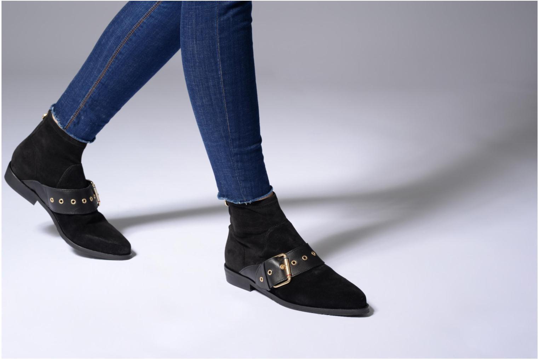 Bottines et boots Tommy Hilfiger Gigi Hadid Flat Boot Noir vue bas / vue portée sac