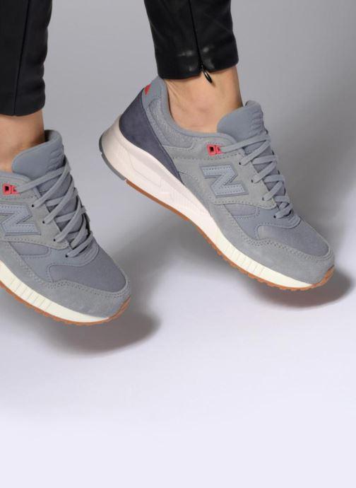 Sneaker New Balance W530 B blau ansicht von unten / tasche getragen
