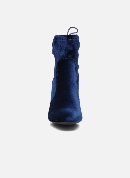 Stivaletti e tronchetti I Love Shoes THRESSY Azzurro modello indossato