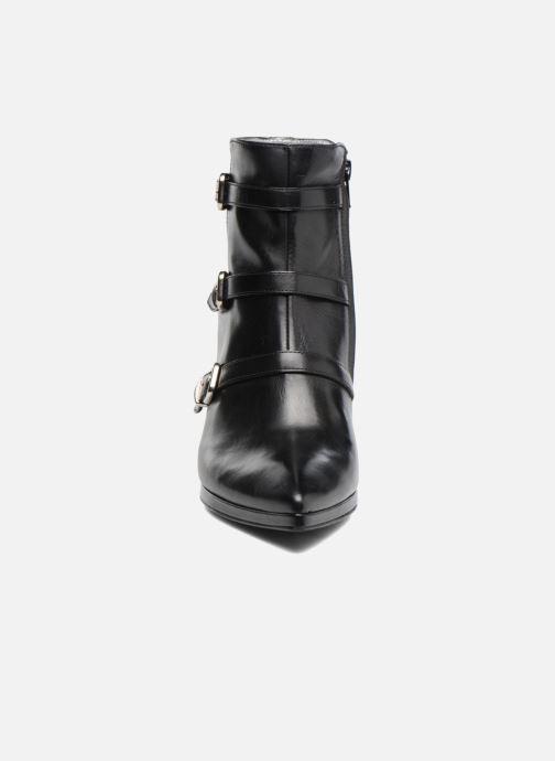 Stivaletti e tronchetti Free Lance Kalfy 7 boot 3 strap Nero modello indossato