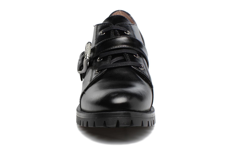 Zapatos con cordones Unisa Inmole Negro vista del modelo