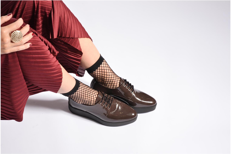 Chaussures à lacets Unisa Caler Noir vue bas / vue portée sac