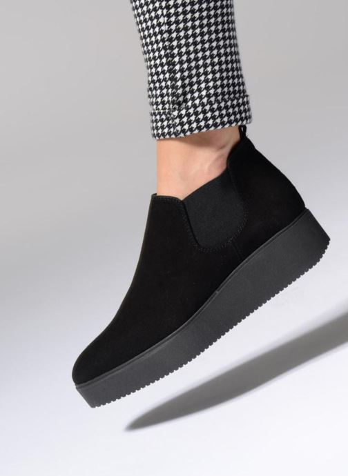 Bottines et boots Unisa Cadeo Noir vue bas / vue portée sac