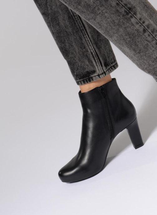 Bottines et boots Unisa Nalivo Noir vue bas / vue portée sac