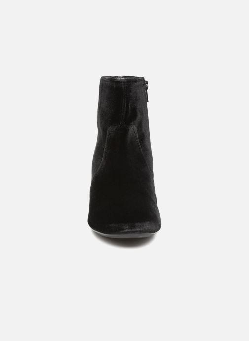 Bottines et boots Unisa Karisi Noir vue portées chaussures