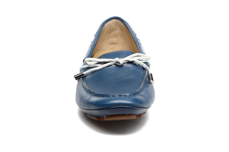 Scarpe con lacci Geox D CLELIA A Azzurro modello indossato