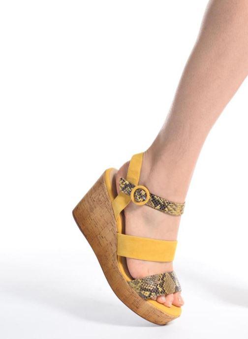 Sandali e scarpe aperte Geox D JALEAH B Giallo immagine dal basso